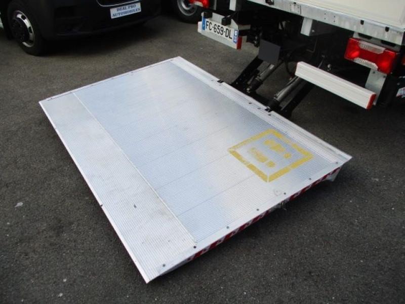 Photo 7 de l'offre de IVECO DAILY CCB 35C16 EMPATTEMENT 3000 à 36900€ chez Deal pro automobiles