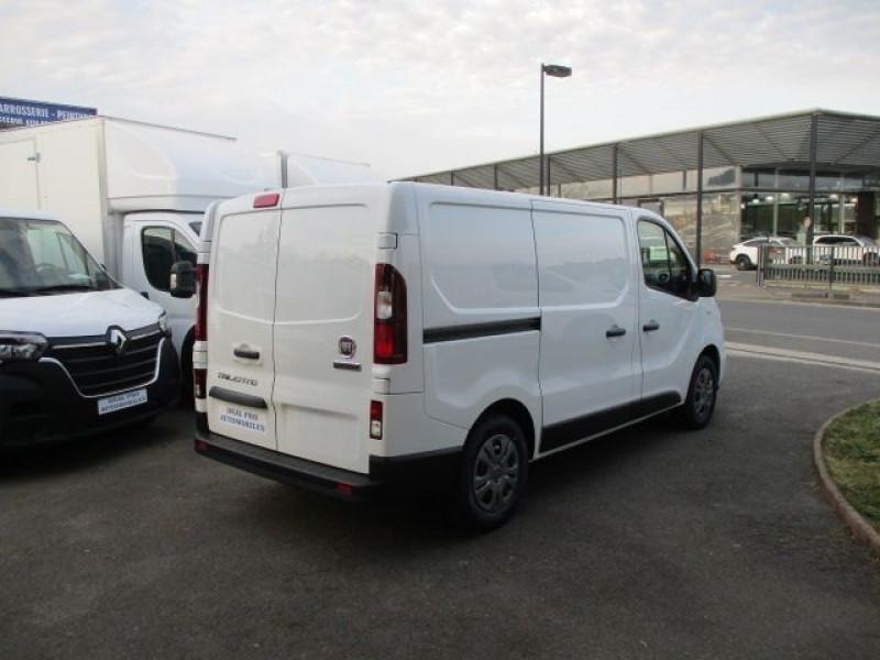 Photo 4 de l'offre de FIAT TALENTO FG CH1 2.0 MULTIJET 145CH PRO LOUNGE à 29800€ chez Deal pro automobiles