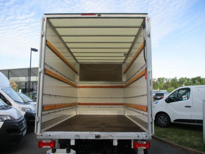 Photo 3 de l'offre de IVECO DAILY CCB 35C16 CAISSE 20 M3+HAYON à 36900€ chez Deal pro automobiles