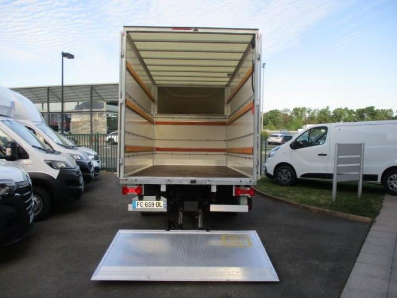 Photo 4 de l'offre de IVECO DAILY CCB 35C16 CAISSE 20 M3+HAYON à 36900€ chez Deal pro automobiles