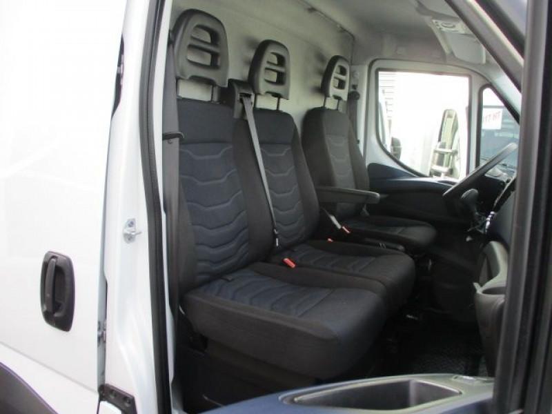 Photo 7 de l'offre de IVECO DAILY FG 35C14V12 à 29880€ chez Deal pro automobiles