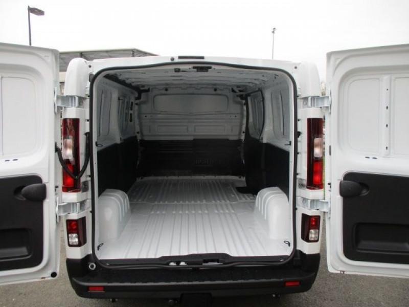 Photo 3 de l'offre de FIAT TALENTO FG L2H1 2.0 MULTIJET 145CH PRO LOUNGE à 28900€ chez Deal pro automobiles