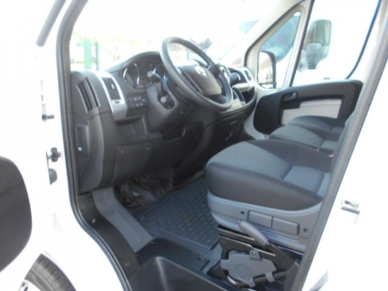Photo 2 de l'offre de FIAT DUCATO FG 3.5 MAXI XL H2 2.3 MULTIJET 180CH PACK PRO NAV à 33900€ chez Deal pro automobiles