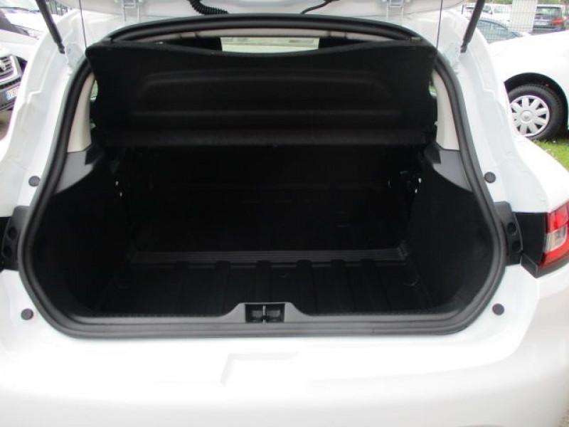 Photo 3 de l'offre de RENAULT CLIO IV STE 1.5 DCI 75CH ENERGY AIR MEDIANAV E6C à 9900€ chez Deal pro automobiles