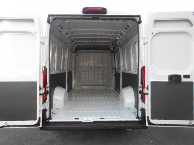 Photo 3 de l'offre de FIAT DUCATO FG 3.5 MAXI XL H2 2.3 MULTIJET 180CH PACK PRO NAV à 33900€ chez Deal pro automobiles