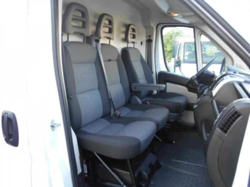 Photo 9 de l'offre de FIAT DUCATO FG 3.5 MAXI XL H2 2.3 MULTIJET 180CH PACK PRO NAV à 33900€ chez Deal pro automobiles
