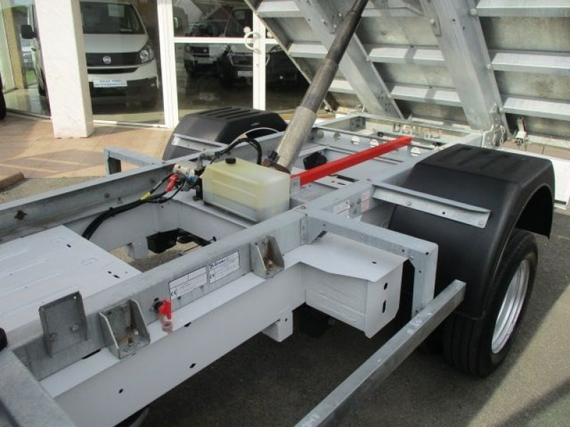 Photo 3 de l'offre de RENAULT MASTER III BENNE F3500 L2 2.3 DCI 130CH GRAND CONFORT EURO6 à 28500€ chez Deal pro automobiles