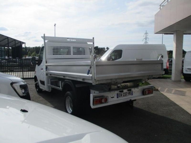 Photo 6 de l'offre de RENAULT MASTER III BENNE F3500 L2 2.3 DCI 130CH GRAND CONFORT EURO6 à 28500€ chez Deal pro automobiles