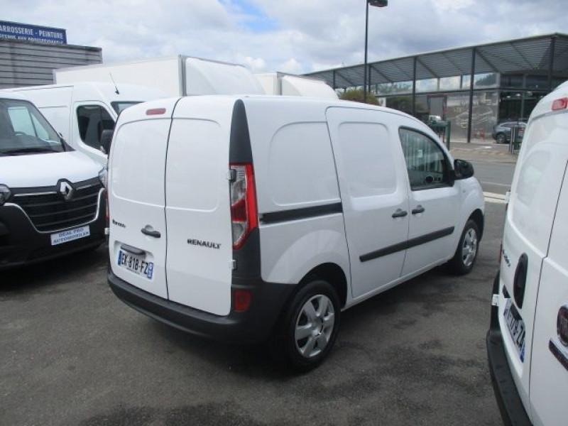 Photo 4 de l'offre de RENAULT KANGOO II EXPRESS 1.5 DCI 75CH ENERGY CONFORT EURO6 à 12500€ chez Deal pro automobiles