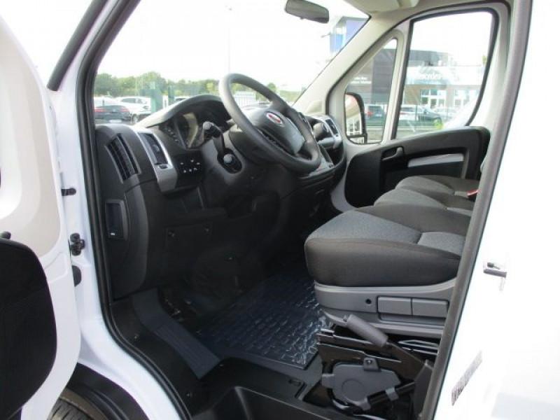 Photo 2 de l'offre de FIAT DUCATO CCB 3.5 MAXI HD M 2.3 MULTIJET 160CH PRO LOUNGE à 45900€ chez Deal pro automobiles