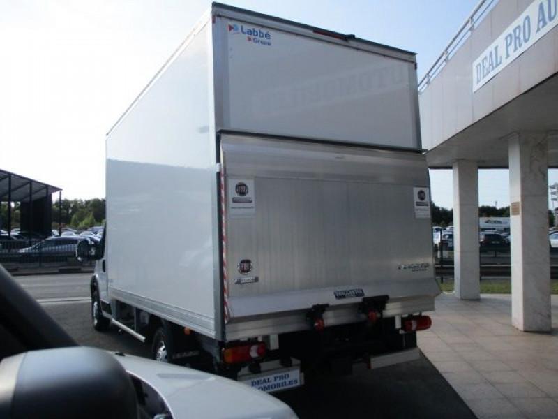 Photo 6 de l'offre de FIAT DUCATO CCB 3.5 MAXI HD M 2.3 MULTIJET 160CH PRO LOUNGE à 45900€ chez Deal pro automobiles