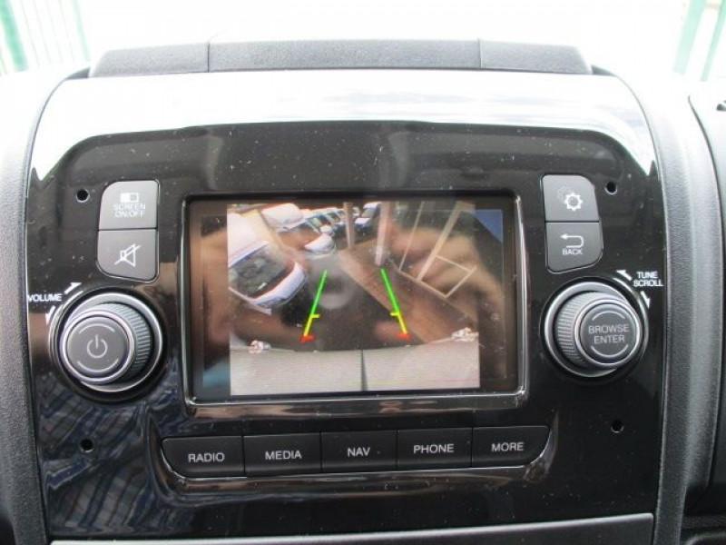 Photo 6 de l'offre de PEUGEOT BOXER FG 435 L4H3 2.2 BLUEHDI S&S 140CH ASPHALT à 37900€ chez Deal pro automobiles