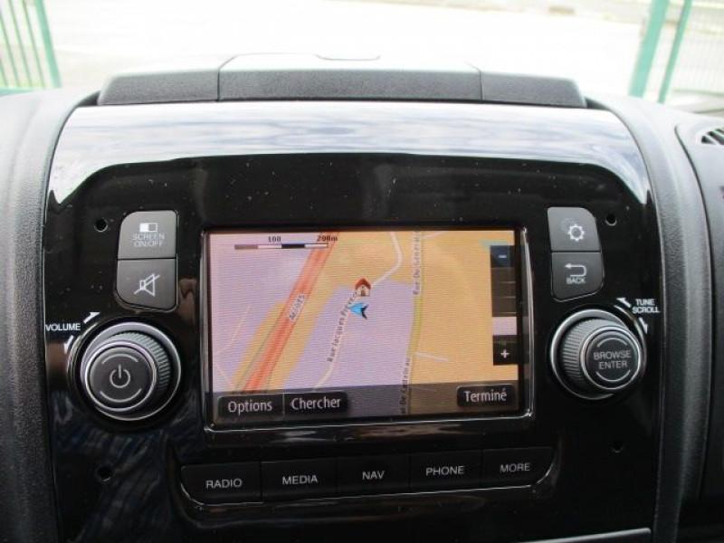 Photo 7 de l'offre de PEUGEOT BOXER FG 435 L4H3 2.2 BLUEHDI S&S 140CH ASPHALT à 37900€ chez Deal pro automobiles