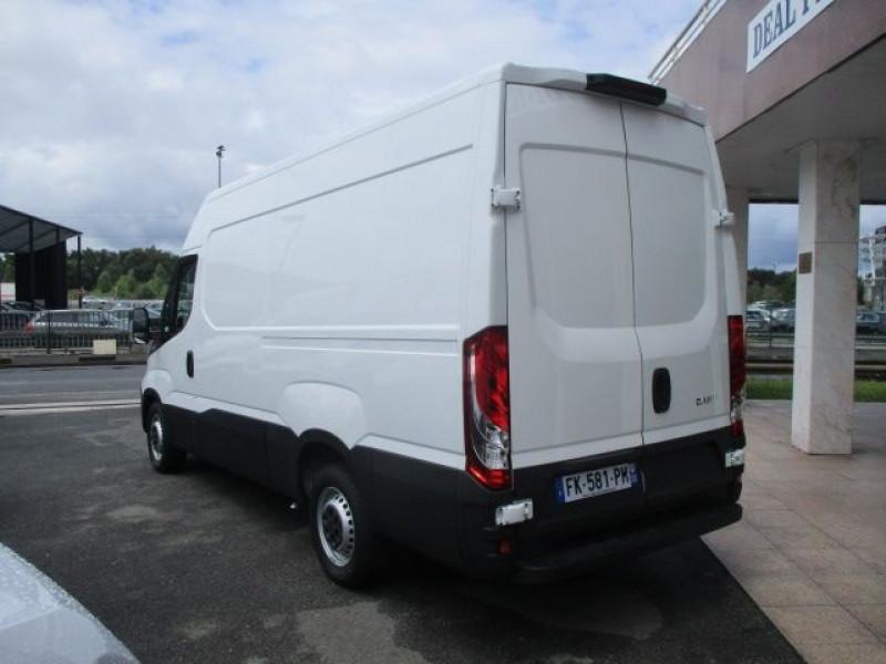Photo 5 de l'offre de IVECO DAILY FG 35S14 V12 à 28900€ chez Deal pro automobiles