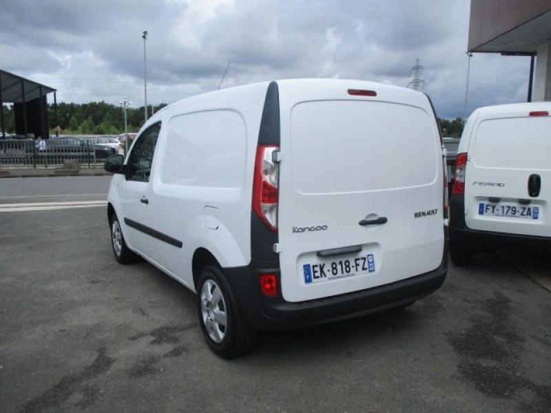 Photo 5 de l'offre de RENAULT KANGOO II EXPRESS 1.5 DCI 75CH ENERGY CONFORT EURO6 à 12500€ chez Deal pro automobiles