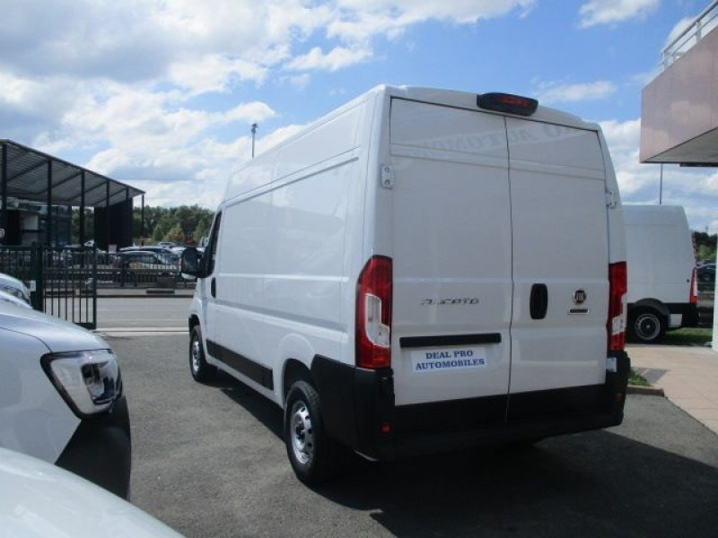 Photo 5 de l'offre de FIAT DUCATO FG 3.3 MH2 2.3 MULTIJET 120CH PRO LOUNGE à 31800€ chez Deal pro automobiles