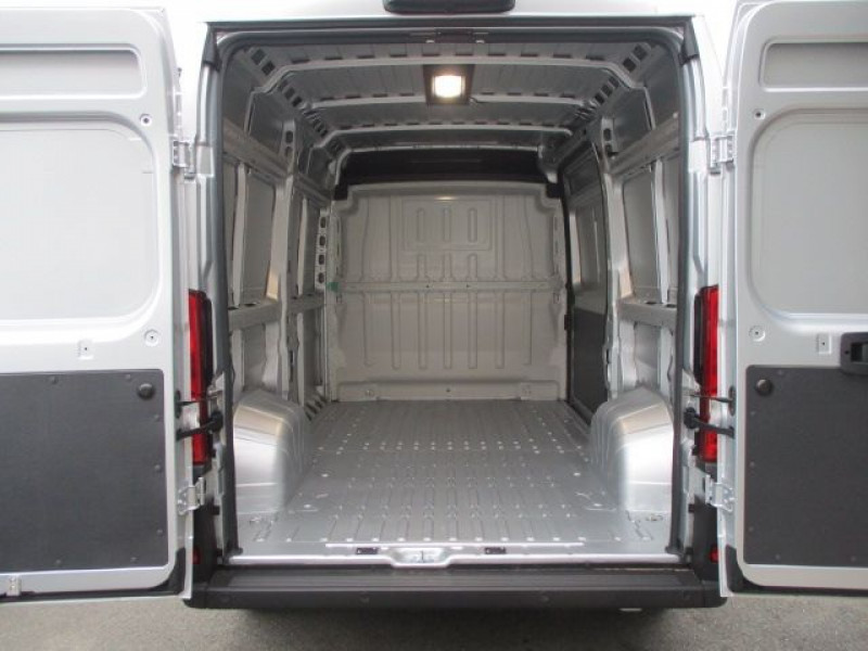 Photo 3 de l'offre de FIAT DUCATO FG 3.3 MH2 2.3 MULTIJET 140CH PRO LOUNGE à 33900€ chez Deal pro automobiles