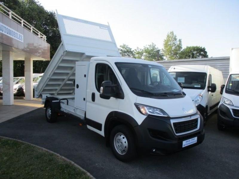 Photo 12 de l'offre de PEUGEOT BOXER BENNE 435 L3 2.2 BLUEHDI 165 S&S à 37900€ chez Deal pro automobiles