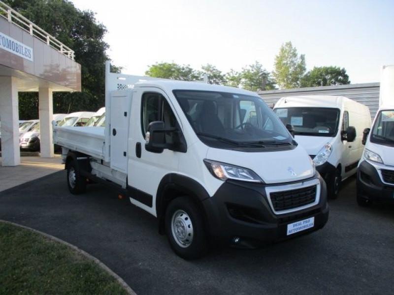 Photo 13 de l'offre de PEUGEOT BOXER BENNE 435 L3 2.2 BLUEHDI 165 S&S à 37900€ chez Deal pro automobiles