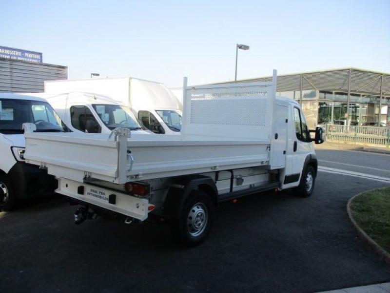 Photo 5 de l'offre de PEUGEOT BOXER BENNE 435 L3 2.2 BLUEHDI 165 S&S à 37900€ chez Deal pro automobiles