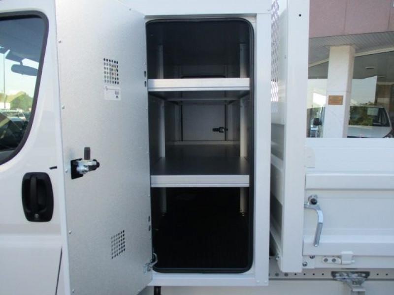 Photo 9 de l'offre de PEUGEOT BOXER BENNE 435 L3 2.2 BLUEHDI 165 S&S à 37900€ chez Deal pro automobiles