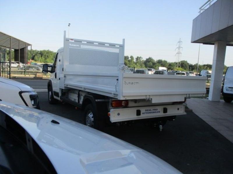 Photo 6 de l'offre de PEUGEOT BOXER BENNE 435 L3 2.2 BLUEHDI 165 S&S à 37900€ chez Deal pro automobiles