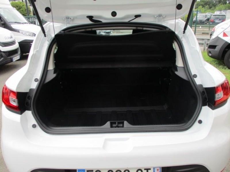 Photo 3 de l'offre de RENAULT CLIO IV STE 1.5 DCI 75CH ENERGY AIR MEDIANAV à 10900€ chez Deal pro automobiles