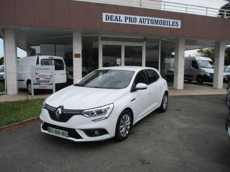 Renault MEGANE IV STE 1.5 DCI 110CH ENERGY AIR REVERSIBLE Diesel BLANC Occasion à vendre
