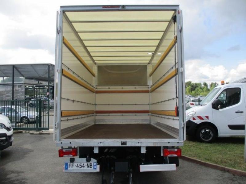 Photo 4 de l'offre de IVECO DAILY CCB 35C16 CAISSE 20 M3+HAYON à 37900€ chez Deal pro automobiles