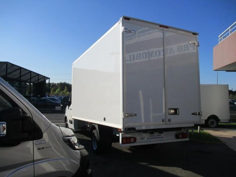 Photo 5 de l'offre de RENAULT MASTER III CCB R3500RJ L4 2.3 DCI 145CH ENERGY CONFORT EUROVI à 42900€ chez Deal pro automobiles