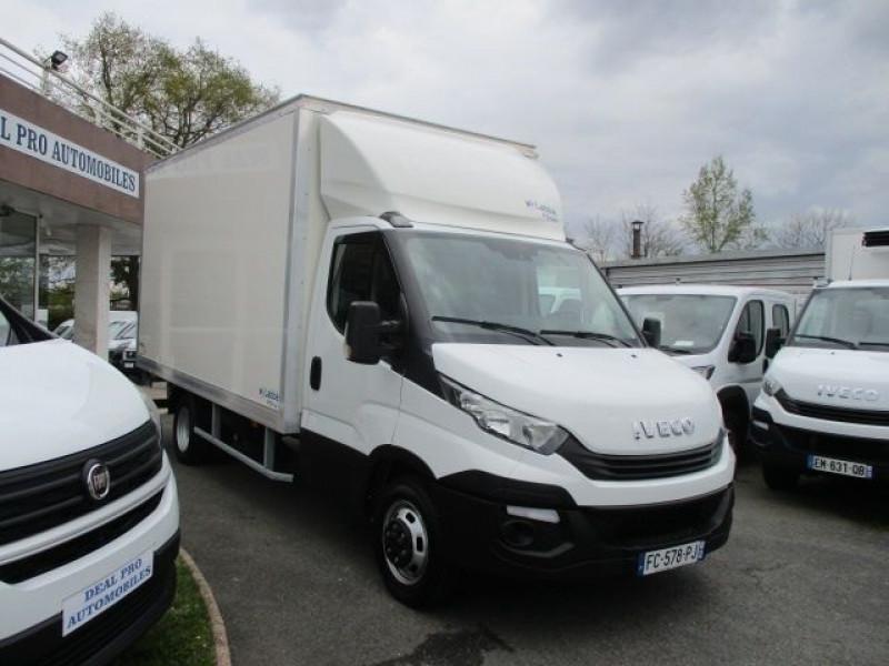 Photo 9 de l'offre de IVECO DAILY CCB 35C16 CAISSE 20 M3+HAYON à 36900€ chez Deal pro automobiles