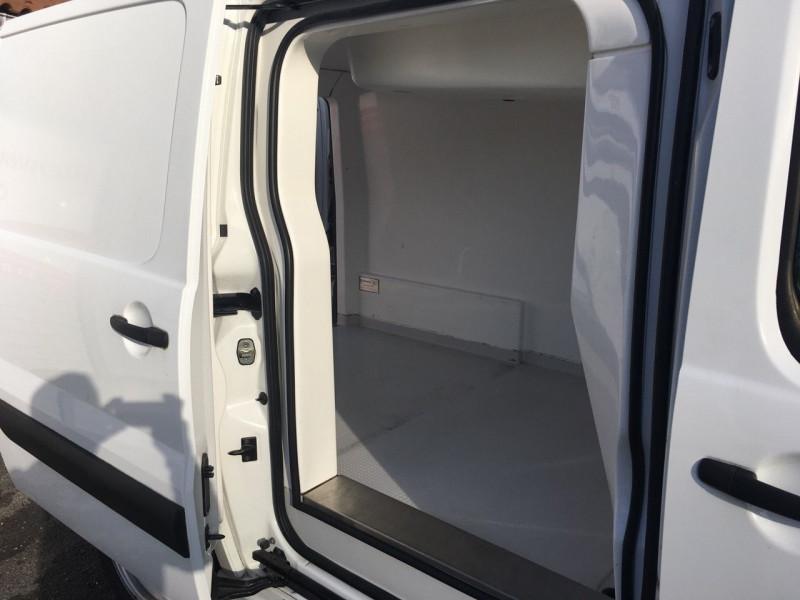 Photo 10 de l'offre de CITROEN JUMPY FG 29 L1H1 HDI 125 FAP CONFORT à 12800€ chez Jeammet automobiles