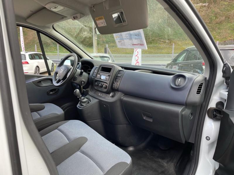 Photo 6 de l'offre de OPEL VIVARO COMBI 1.6 CDTI BITURBO 125 K2900 L2H1 PACK CLIM + ECOFLEX START/STOP E6 à 18990€ chez Jeammet automobiles