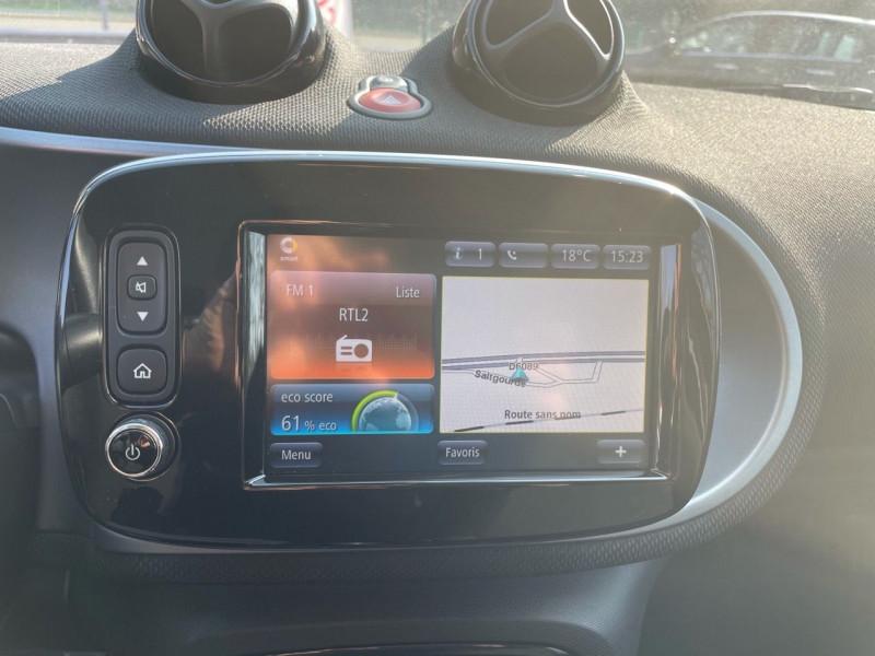 Photo 10 de l'offre de SMART FORFOUR 71CH PASSION à 9990€ chez Jeammet automobiles