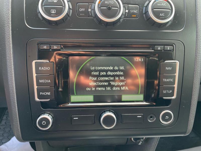 Photo 10 de l'offre de VOLKSWAGEN TOURAN 2.0 TDI 140CH BLUEMOTION TECHNOLOGY FAP CONFORTLINE DSG6 à 10290€ chez Jeammet automobiles
