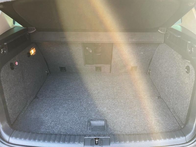Photo 15 de l'offre de VOLKSWAGEN TIGUAN 2.0 TDI 150CH BLUEMOTION TECHNOLOGY FAP SPORTLINE BUSINESS à 15490€ chez Jeammet automobiles