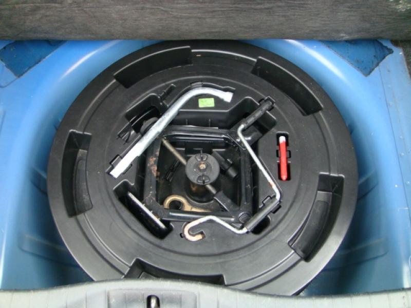 Photo 10 de l'offre de FIAT STILO 1.9 MULTIJET 8V 120CH SKYWINDOW 3P à 3490€ chez Jeammet automobiles