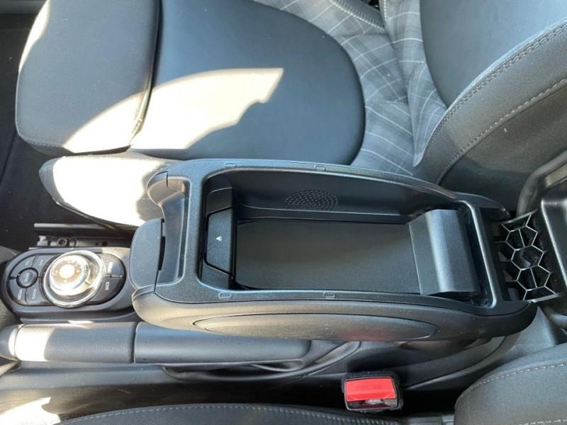 Photo 13 de l'offre de MINI MINI 5 PORTES COOPER S 192CH RED HOT CHILI BVA à 24990€ chez Jeammet automobiles