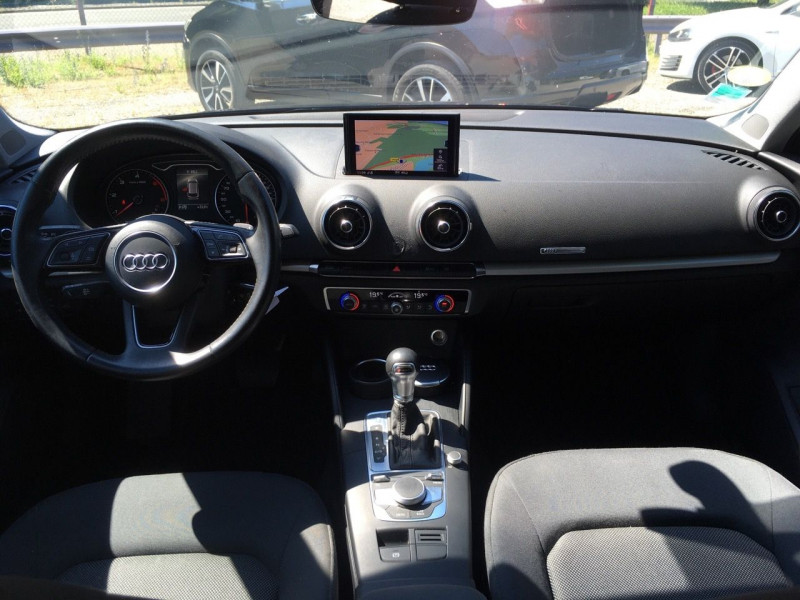 Photo 7 de l'offre de AUDI A3 SPORTBACK 1.6 TDI 116CH BUSINESS LINE S TRONIC 7 à 17490€ chez Jeammet automobiles