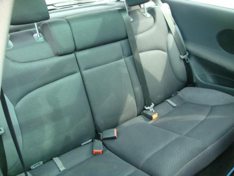 Photo 8 de l'offre de FIAT STILO 1.9 MULTIJET 8V 120CH SKYWINDOW 3P à 3490€ chez Jeammet automobiles