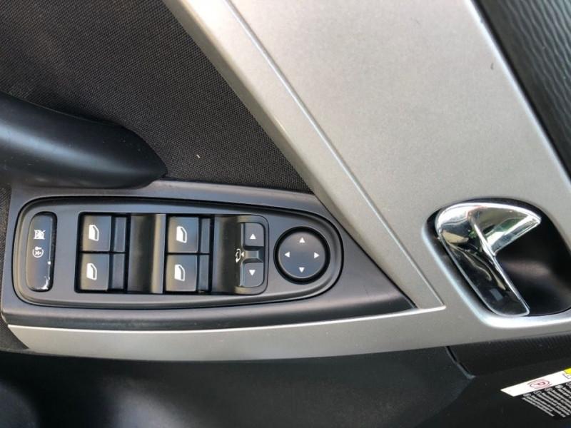 Photo 13 de l'offre de CITROEN C4 PICASSO 1.6 E-HDI 110CH FAP EXCLUSIVE BMP6 à 6490€ chez Jeammet automobiles