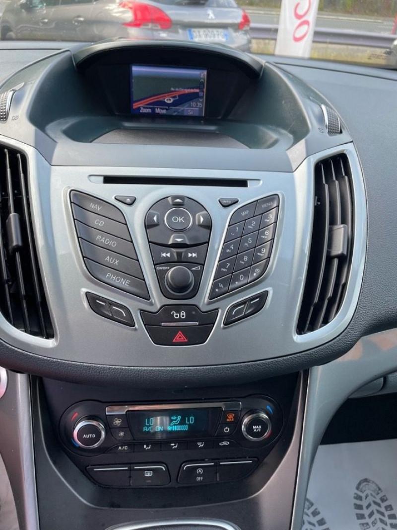 Photo 10 de l'offre de FORD C-MAX 1.0 SCTI 125CH ECOBOOST STOP&START TITANIUM à 8490€ chez Jeammet automobiles