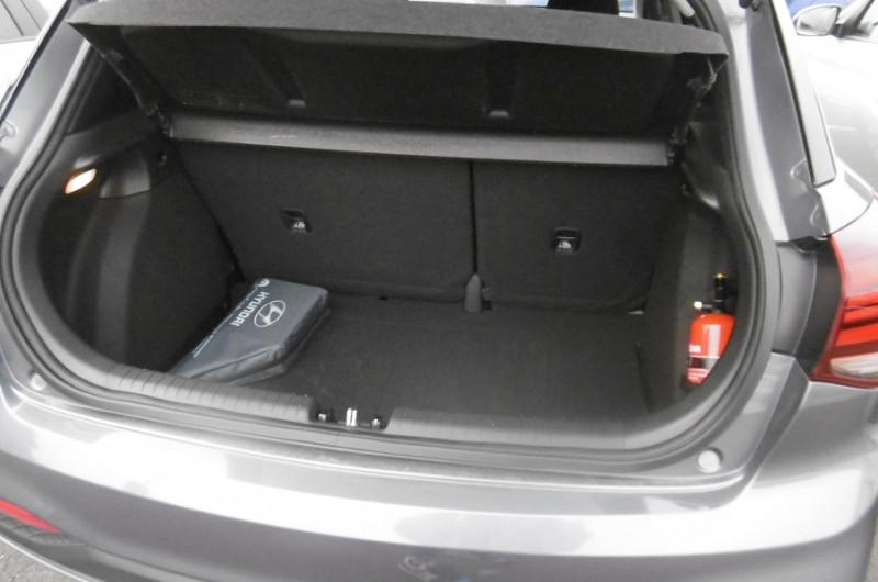 Photo 3 de l'offre de HYUNDAI I20 1.2 84CH INTUITIVE à 12900€ chez Garage Deletre