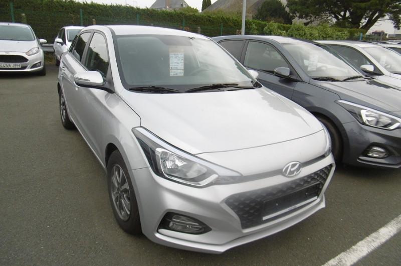 Hyundai I20 1.2 84CH INTUITIVE Essence GRIS Occasion à vendre