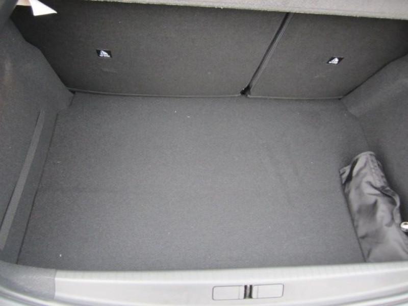 Photo 4 de l'offre de PEUGEOT 208 1.5 BLUEHDI 100CH E6.C ALLURE 5P à 21900€ chez Garage Deletre