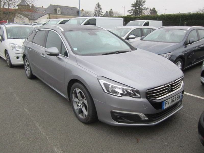 Photo 1 de l'offre de PEUGEOT 508 SW 2.0 BLUEHDI 180CH FAP ALLURE EAT6 à 15490€ chez Garage Deletre