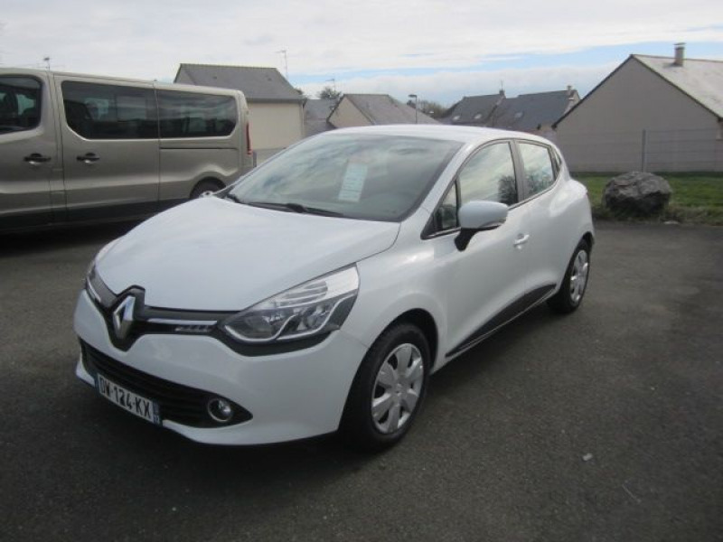Renault CLIO IV STE 1.5 DCI 75CH AIR MEDIANAV ECO² 90G Diesel BLANC Occasion à vendre