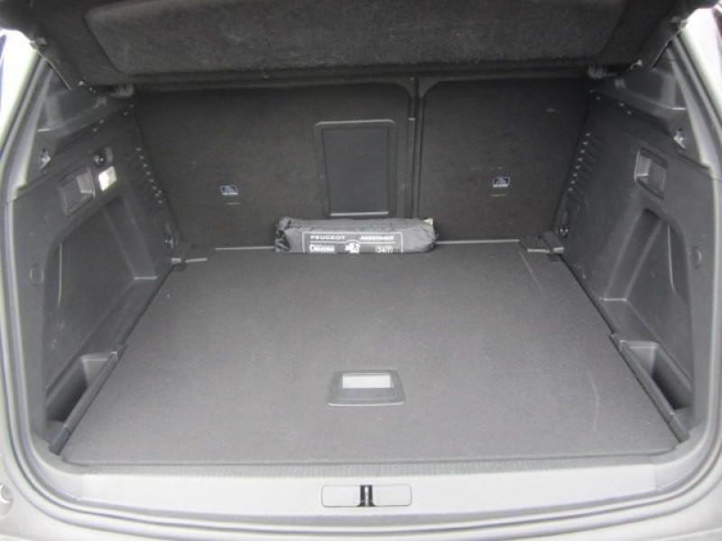 Photo 4 de l'offre de PEUGEOT 3008 1.5 BLUEHDI 130CH E6.C GT LINE S&S EAT8 à 29900€ chez Garage Deletre