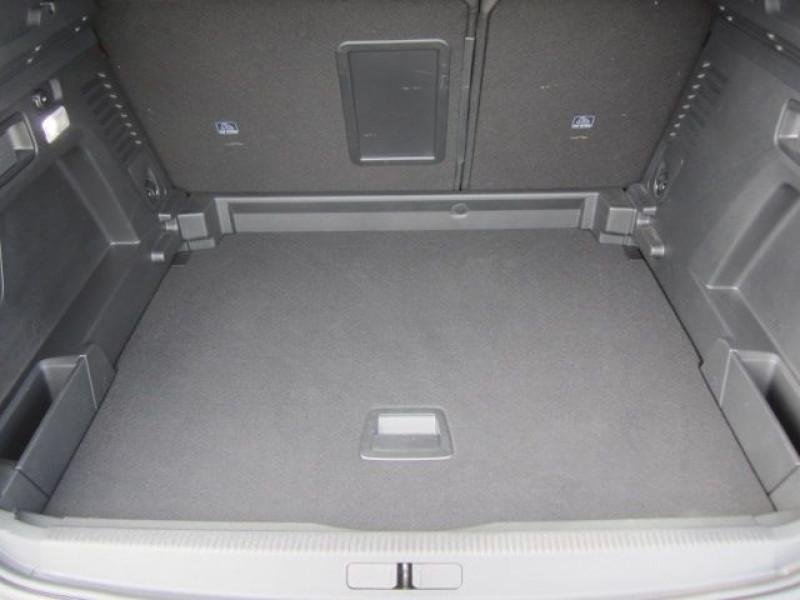 Photo 4 de l'offre de PEUGEOT 3008 1.5 BLUEHDI 130CH E6.C GT LINE S&S  6CV à 27990€ chez Garage Deletre