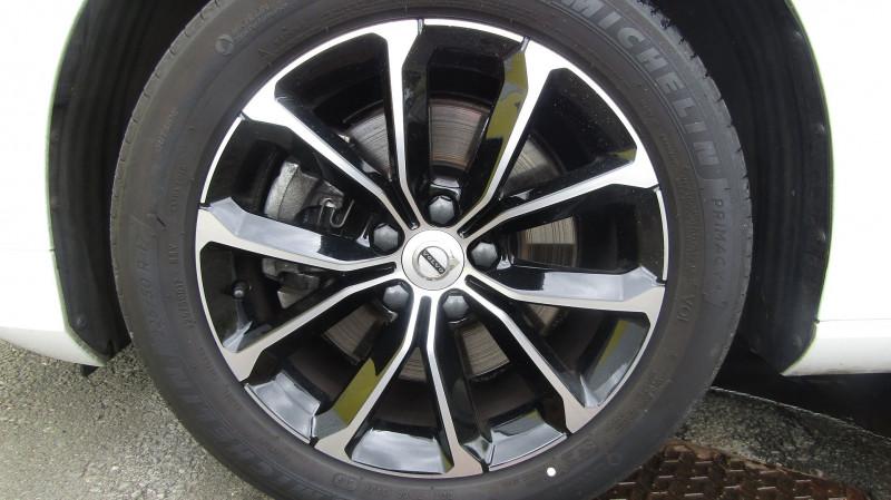 Photo 7 de l'offre de VOLVO V60 D4 190CH ADBLUE MOMENTUM GEARTRONIC à 35880€ chez Garage Deletre